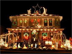 2 - Outrageously Over-the-Top Christmas Light Displays! Seeing the Light