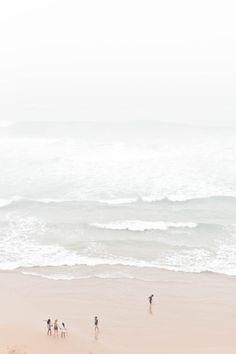 Azenhas do Mar / Photography Sanda Pagaimo Summer Vibes, Beach Vibes, Beach Aesthetic, White Aesthetic, Wild At Heart, Azenhas Do Mar, Nature Photography, Travel Photography, Minimal Photography