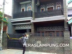 "Rumah Megah Polisi Tersangka Pembunuh Anggota DPRD Bandarlampung Dipasang ""Police Line"""