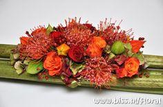 "Wide polygonum surface with exclusive ""Leucos Naomi"" - autumn arrangement Orange Wedding Flowers, Fresh Flowers, Beautiful Flowers, Artificial Flower Arrangements, Artificial Flowers, Floral Arrangements, Botanical Decor, Floral Centerpieces, Floral Design"
