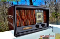 "RARE 1949 CONSTELLATION Model 1135 AM Swirly Brown Bakelite Tube Radio Totally Restored! DIMENSIONS: Approximately 11"" x 6"" x 6.5"" (l x w x h) COLOR: Mirror glossy brown bakelite YOUTUBE VIDEO here. I"