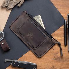 Manboro - мужские кошельки из кожи ручной работы Simple Wallet, Long Wallet, Leather Workshop, Leather Art, Minimalist Wallet, Leather Projects, Leather Accessories, Leather Working, Wallets For Women