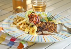 Recipe for spicy bluefish with horseradish mayonnaise and beet slaw