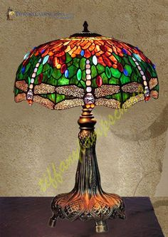 Nice discount Antique Tiffany lamps Antique Tiffany lamps on with. Big discount for new Tiffany lamps Antique Tiffany pendant lamp with. Stained Glass Table Lamps, Tiffany Stained Glass, Tiffany Glass, Antique Lamps, Vintage Lamps, Tiffany Ceiling Lights, Tiffany Lamp Shade, Lampe Art Deco, Lampe Decoration