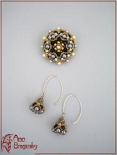 "Small ""obsidian"" drop. Anna Braginsky - beaded jewelry"