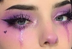 and makeup kit makeup tutorial mac eyeshadow looks. - and makeup kit makeup tutorial mac eyeshadow looks easy ma - Edgy Makeup, Makeup Eye Looks, Eye Makeup Art, Cute Makeup, Pretty Makeup, Eyeshadow Makeup, Hair Makeup, Pink Eyeshadow, Makeup Stuff