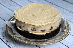 Recipe for Chocolate- Peanut Butter Cup Cheesecake Cake. Chocolate cake with peanut butter cheesecake in the middle, covered with PB frosting. Peanut Butter Cup Cheesecake, Chocolate Peanut Butter Cups, Cheesecake Cake, Chocolate Peanuts, Chocolate Recipes, Chocolate Cake, Reeses Cake, Indian Cake, Decadent Cakes