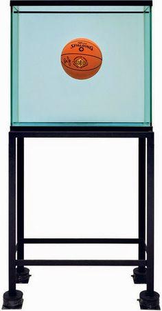 Jeff Koons: Uma Retrospectiva - Whitney Museum of American Art  http://gabineted.blogspot.com.br/2014/07/jeff-koons-uma-retrospectiva.html  Jeff Koons é considerado como um dos artistas mais importantes, influentes, populares e controversos da era pós-guerra.
