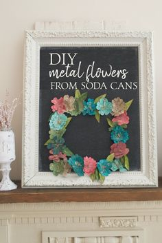 Learn how to make this metal flowers wreath using soda cans from Country Design Style #wreath #metalflowers #DIYSodaCans Metal Crafts, Diy Crafts, Recycled Fashion, Recycled Clothing, Soda Can Art, Recycled Plastic Bags, Recycle Cans, Dress Card, Pop Cans