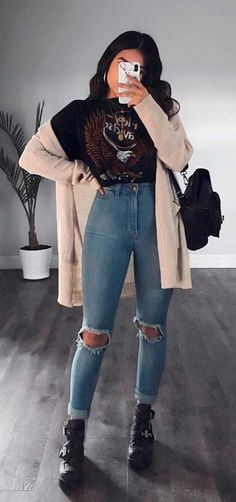 Bei Winterwetter: 24 Looks, die begeistern - Fashionista - Wintermode Cute Casual Outfits, Edgy Outfits, Mode Outfits, Fall Outfits, Summer Outfits, Cute Jean Outfits, Cute Outfits For Winter, Party Outfit Casual, Winter School Outfits