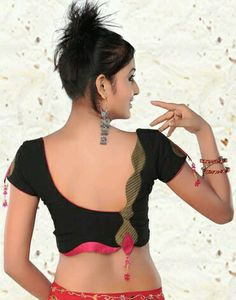 Stylish and Trendy Blouse Back Neck Designs - Fashion Saree Blouse Neck Designs, Simple Blouse Designs, Choli Designs, Stylish Blouse Design, Patch Work Blouse Designs, Saree Blouse Patterns, Sari Blouse, Blouse Desings, Designer Blouse Patterns