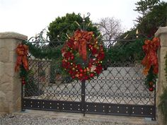 gate christmas decor - Christmas Gate Decoration Ideas