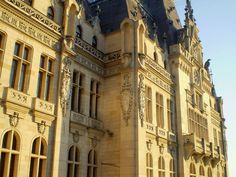 Palace of Culture (Iași) Architecture, Romania, Palace, Louvre, Street View, World, Building, Youtube, Travel
