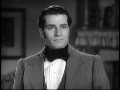 Laurence Oliver, ganador del Oscar como mejor actor protagónico en 1949 por la película Hamlet. El actor inglés fallece en 1989 a los 82 años de edad víctima de un cáncer.