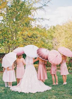 love the shades of pink and white in these lovely wedding parasols! ~ we ❤ this! moncheribridals.com