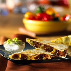 (Vegetarian) South-of-the-border flavors abound in these hearty quesadillas. They make a great lunch or hearty snack. Uses Morningstar Farms BBQ Riblets. Quorn Recipes, Pescatarian Recipes, Veggie Recipes, Mexican Food Recipes, Vegetarian Recipes, Cooking Recipes, Healthy Recipes, Ethnic Recipes, Veggie Meals