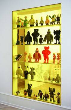 Bearbrick and art toys collection Lego Display, Display Case, Hypebeast Room, Small Apartment Design, Modern Toys, Lego Room, Toy Art, Aesthetic Room Decor, Designer Toys