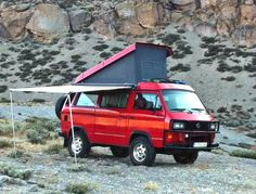Saw a Vanagon just like this one in the state park this morning, same color too, with Quebec plates.