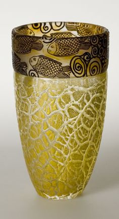 Isle of Wight vase including a cameo band with gold on crackle glass. Early 21st century.