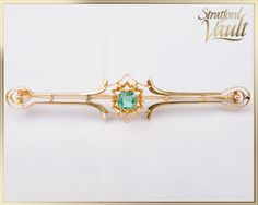 Art Deco ~ Vintage Emerald Bar Pin Brooch ~ Yellow Gold ~ ct Genuine Square Cushion Cut Emerald ~ by StratfordVault on Etsy Beautiful Gift Boxes, Cushion Cut, Brooch Pin, Belly Button Rings, Art Deco, Gems, Jewels, Emeralds, Yellow