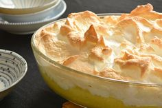 Pineapple and banana meringue pudding – Recipes – Bite