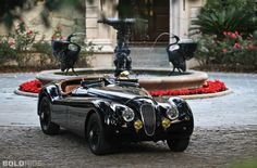 Classic Car News Pics And Videos From Around The World Vintage Racing, Vintage Cars, Antique Cars, Ferrari Convertible, Jaguar Daimler, Classic Cars British, Jaguar Xk120, Top Luxury Cars, Trucks