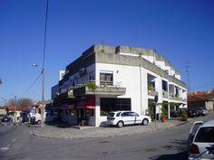Mais imagens: http://www.medium.pt/pt/detalhe.htm?rid=4843064  Apartamento T3 com grande terraço em Requião, Vila Nova de Famalicão! Financiamento até 100% com spread muito atrativo. Preço: 85.000,0€. Prestação mensal: 329,28€ (prazo: 40 anos). Consulte-nos!
