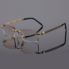 Cartier, Mens Glasses Frames, Men Eyeglasses, Optical Frames, Gold Fashion, Prescription Lenses, Eyewear, Diamond Cuts, Pure Products