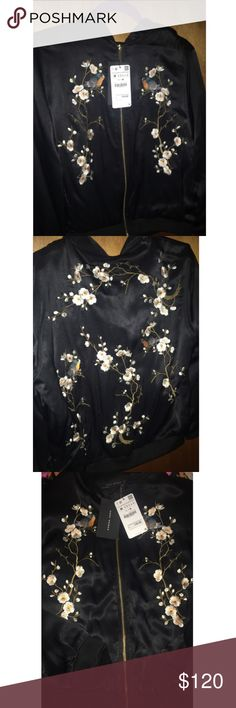 Zara woman (Bomber jacket) Authentic Zara woman's jacket. Brand new Zara Jackets & Coats