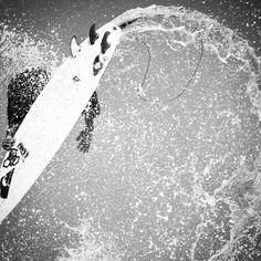 #surf #surfer #surfing #surfergirl #extreme #kellyslater #blackandwhite #ingravidos