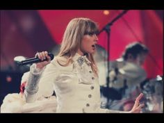Taylor Swift live # we are never ever getting back together #2013 Grammy