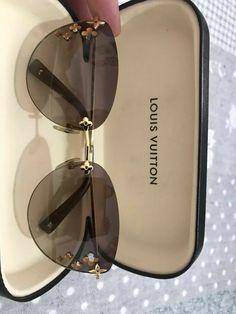 oculos de sol feminino Louis Vuitton – Famous Last Words Stylish Sunglasses, Sunglasses Accessories, Sunglasses Women, Fashion Accessories, Glasses Frames Trendy, Cool Glasses, Louis Vuitton Glasses, Louis Vuitton Handbags, Fashion Eye Glasses