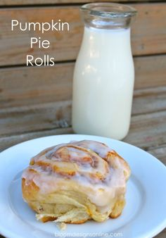 Make these pumpkin pie rolls for a fall treat- uses crescent rolls as a shortcut. Via Bloom Design Online - adventureeatz Pumpkin Recipes, Fall Recipes, Holiday Recipes, Yummy Recipes, Recipies, Fall Desserts, Delicious Desserts, Yummy Food, Breakfast Recipes