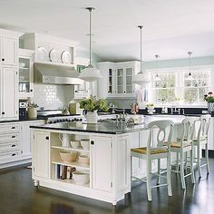 Fantastic modern kitchen room are available on our website. Take a look and you wont be sorry you did. Kitchen Plans, Kitchen Remodel, Interior Design Kitchen, New Kitchen, Home Kitchens, Kitchen Layout, Kitchen Style, Modern Farmhouse Kitchens, White Kitchen Design