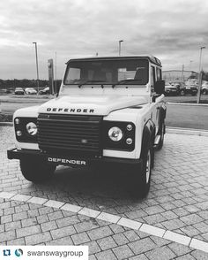 #Repost @swanswaygroup with @repostapp.  Hello old friend. #landrover #defender #defenders #landroverseries #landroverdefender #vintage #oldfriend #aboveandbeyond by landroverstaffs #Repost @swanswaygroup with @repostapp.  Hello old friend. #landrover #defender #defenders #landroverseries #landroverdefender #vintage #oldfriend #aboveandbeyond