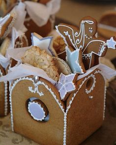 Gingerbread Box Christmas Cookies