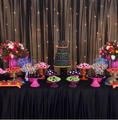 Fiesta de 15 años tema Neón party