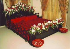 Bedroom Decoration Images, Romantic Room Decoration, Romantic Bedroom Decor, Beautiful Decoration, Bridal Room Decor, Wedding Night Room Decorations, Craft Room Tables, Brides Room, Wedding Bedroom