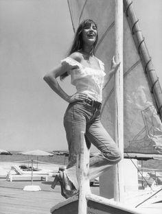 Jane Birkin 1973  bootcut jeans