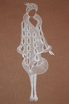 If you appreciate arts and crafts an individual will appreciate this info! Hairpin Lace Crochet, Freeform Crochet, Thread Crochet, Embroidery Cards, Lace Embroidery, Bead Loom Patterns, Lace Patterns, Teneriffe, Bobbin Lacemaking
