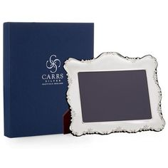 Carrs Traditional Sterling Silver Frame (840 BRL) ❤ liked on Polyvore featuring home, home decor, frames, sterling frames, sterling silver frames, traditional home decor, sterling picture frames and sterling silver picture frames