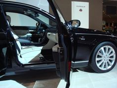 Maybach 62S - http://www.gucciwealth.com/maybach-62s-3/