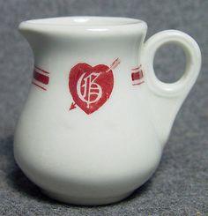 G Heart with Arrow Restaurant Hotel Club Logo Advertising China Creamer