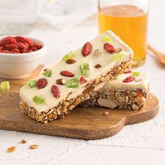 Barres multigrains aux baies de goji, kiwis et amandes - Les recettes de Caty Kiwi, Granola Barre, Chips, Lunch, Sugar, Bread, Cooking, Desserts, Recipes