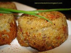 Quinoa Croquettes in spanish... quinoa, onion, eggs and parmasan.