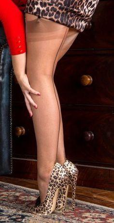 upskirt pantyhose galerien