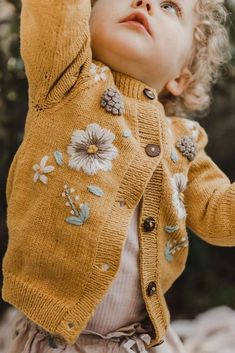 Did you update your kids wardrobe for the spring?Definitely a yellow hit is this. : Did you update your kids wardrobe for the spring?Definitely a yellow hit is this… – – Baby Outfits, Kids Outfits, Toddler Outfits, Little Girl Fashion, Toddler Fashion, Kids Fashion, Knitted Baby Cardigan, Baby Pullover, Cotton Cardigan