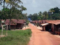 Houses in a Surinamese maroon village reminds of Africa. Maroons are known for their African lifestyle