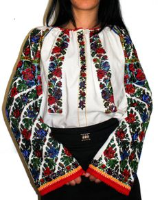 #Ukrainian #style A true work of art!Think of the months of work on this…