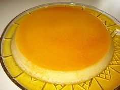 Easy Caramel Flan (Creme Caramel) Recipes Made this yesterday - so good! Creme Caramel, Flan Au Caramel, Just Desserts, Delicious Desserts, Yummy Food, Cold Desserts, Croissants, Mexican Food Recipes, Sweet Recipes